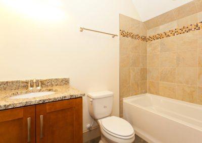 135-Spooks-Branch-Asheville-NC-large-021-Bathroom-1500x1000-72dpi