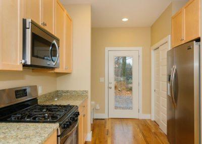 322-Sulphur-Springs-Rd-large-011-Kitchen-1500x997-72dpi