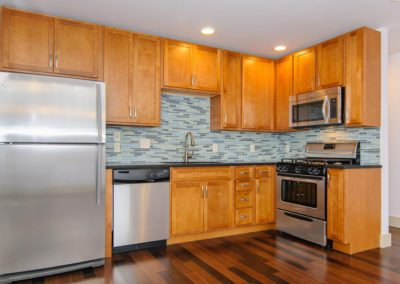 49-Greeley-St-Asheville-NC-large-007-Kitchen-1500x996-72dpi
