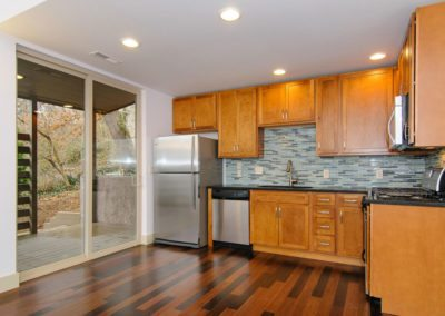 49-Greeley-St-Asheville-NC-large-009-Kitchen-1500x996-72dpi