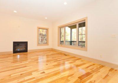 135-Spooks-Branch-Asheville-NC-large-007-Living-Room-1500x1000-72dpi