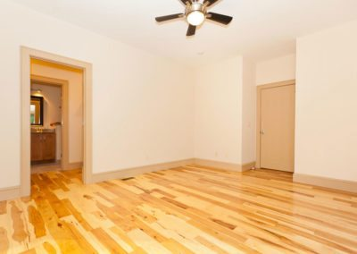 135-Spooks-Branch-Asheville-NC-large-017-Master-Bedroom-1500x1000-72dpi