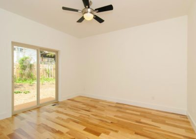 271-Waynesville-Rd-Asheville-large-011-Bedroom-1500x996-72dpi