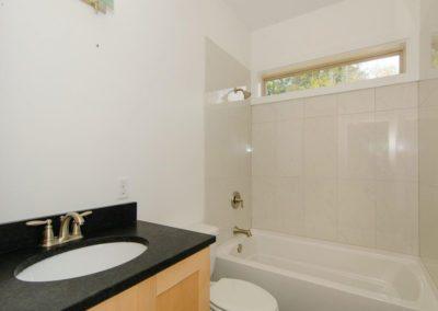 271-Waynesville-Rd-Asheville-large-017-Bathroom-1500x996-72dpi
