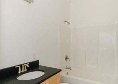 271-Waynesville-Rd-Asheville-large-018-Bathroom-664x1000-72dpi