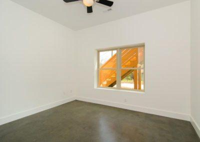 271-Waynesville-Rd-Asheville-large-019-Bedroom-1500x996-72dpi