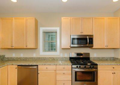 322-Sulphur-Springs-Rd-large-014-Kitchen-1500x997-72dpi