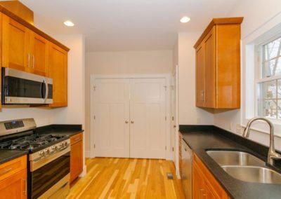 54-Sulphur-Springs-Road-large-013-Kitchen-1500x997-72dpi