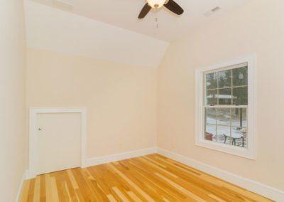 54-Sulphur-Springs-Road-large-021-Bedroom-1500x997-72dpi